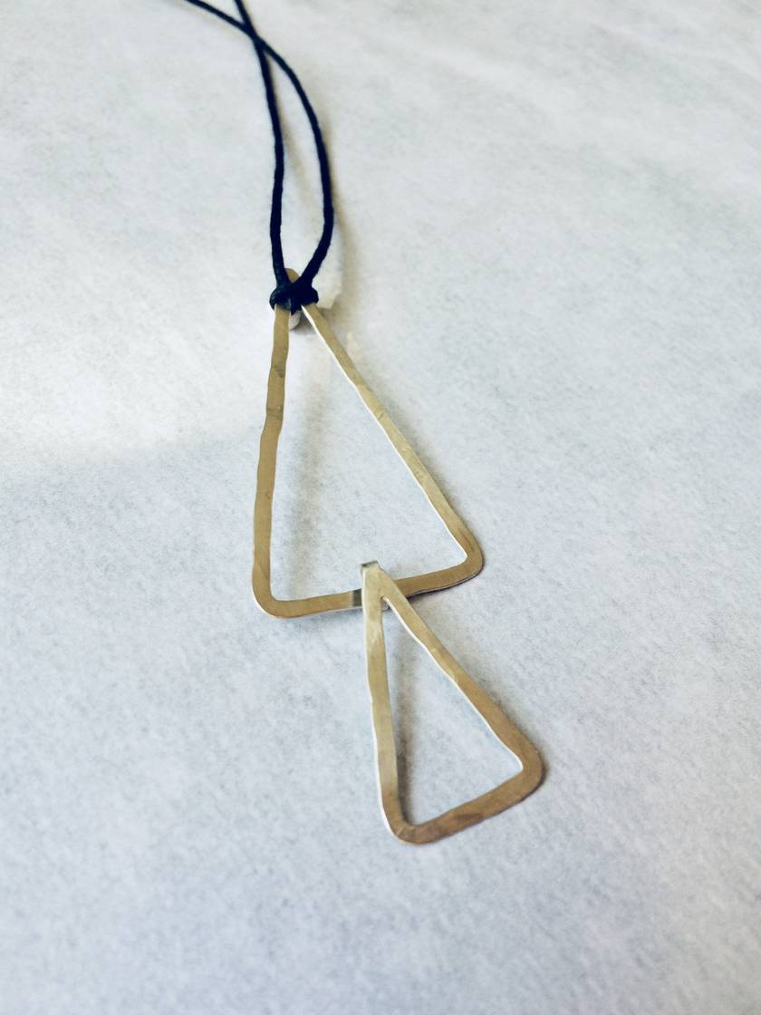Large double triangle link pendant necklace