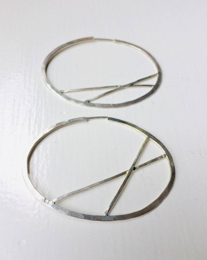 Small cross bar oval hoop earrings with inline post