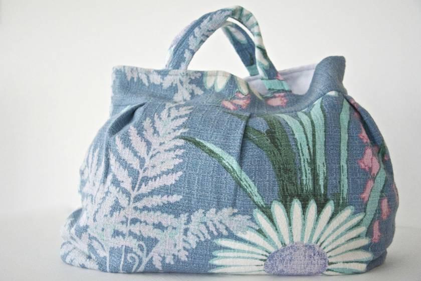 Vintage barkcloth pixie bag