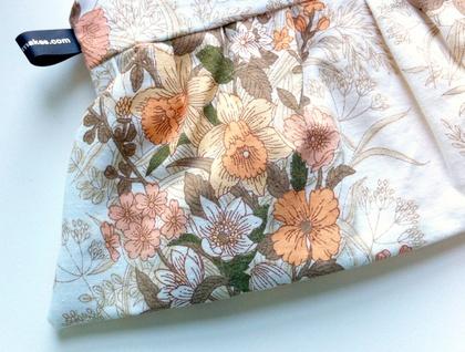 FUNDRAISER: Daffodil Day vintage-print daffodil purse