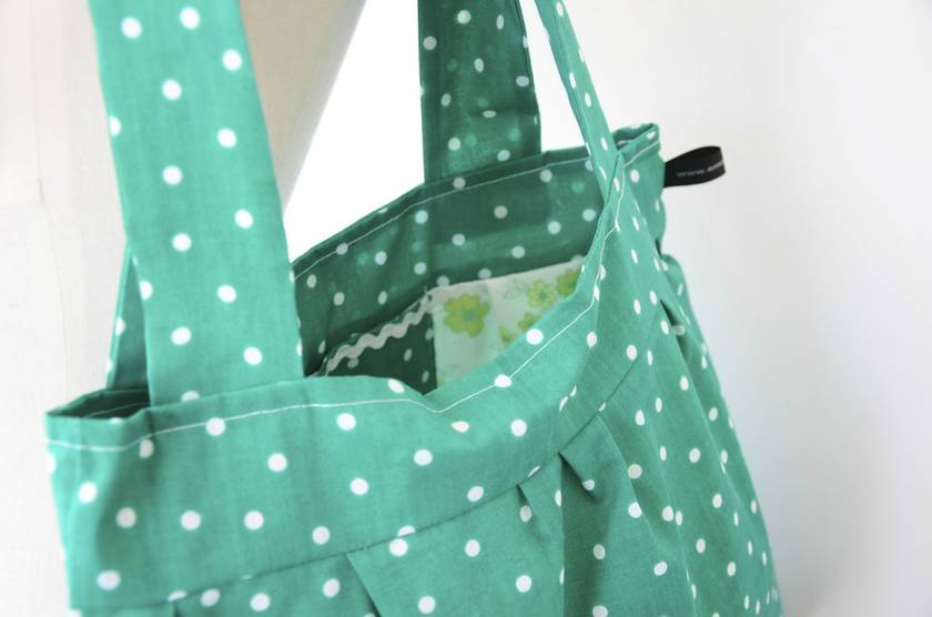 Fabric shoulder bag green polka dot felt for Polka dot felt fabric