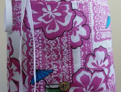 'ALOHA' half apron