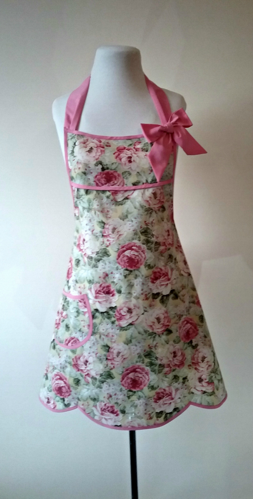 shabby chic apron pastel floral full apron vintage style full rh felt co nz vintage shabby chic aprons