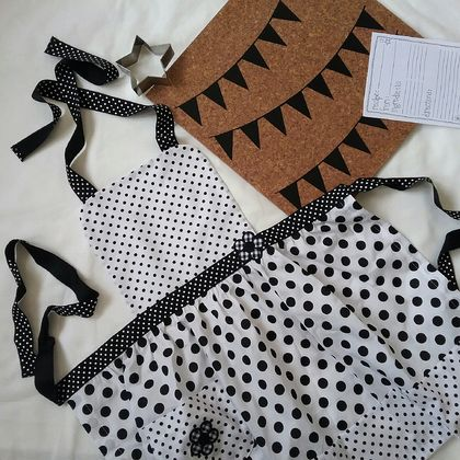 Children's apron - black and white apron - polka dot kid's apron