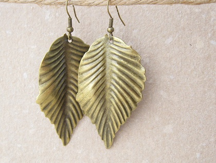 Bronze Leaf earrings: bold, lightweight, & earthy – statement earrings