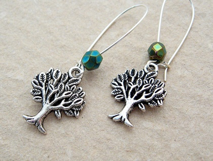 Mighty Tree earrings in silver with sparkly Czech glass in 'green iris' on silver-plated ear-wires