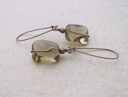Lin earrings in smoky grey: simple, smooth glass beads on long copper ear-wires