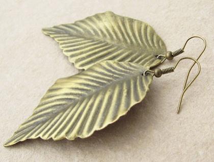 Bronze Leaf earrings: bold, lightweight, & earthy – statement earrings