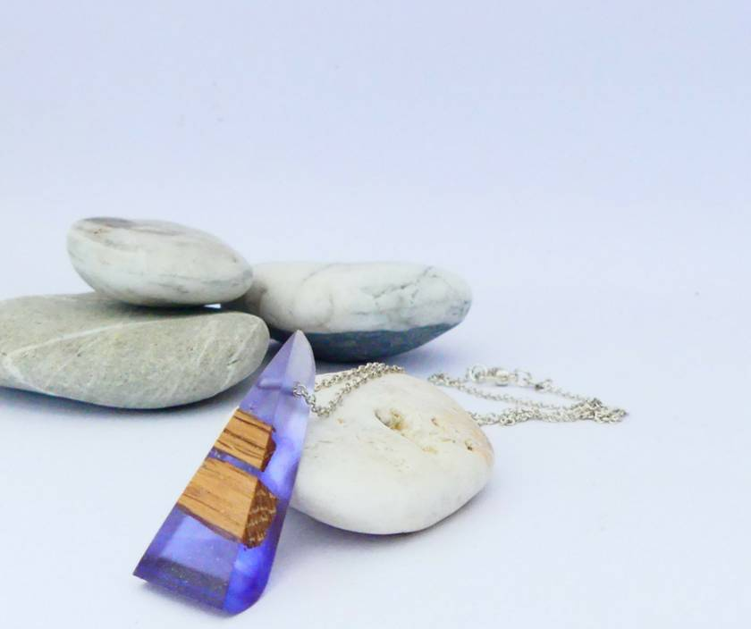 Small Toki Necklace in Bio-Resin and Recycled Rimu | Felt