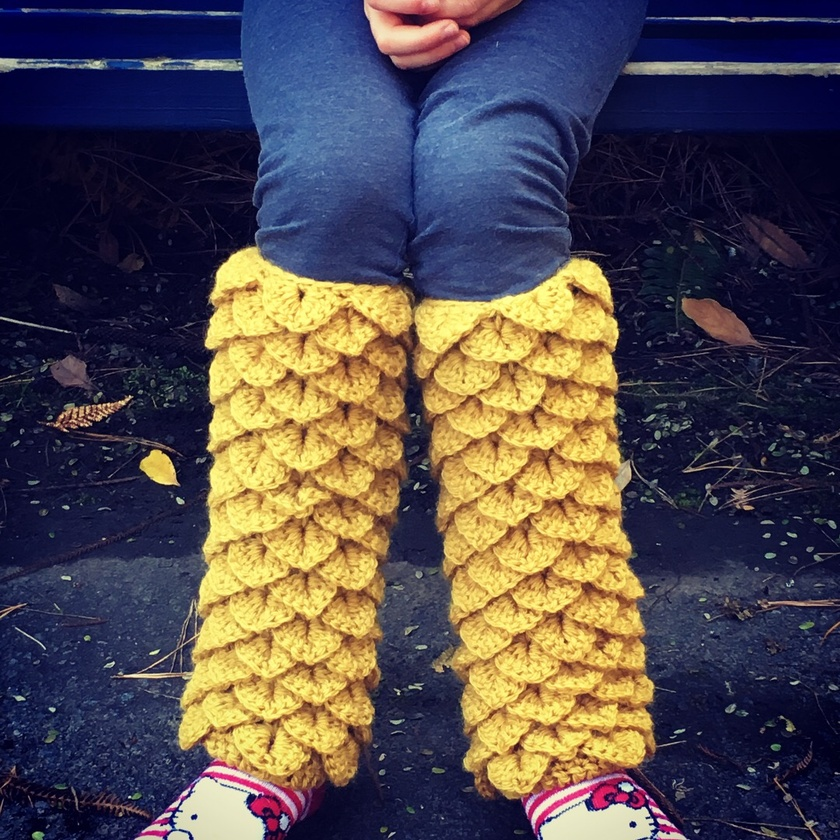 Dragon Scale Leg Warmers