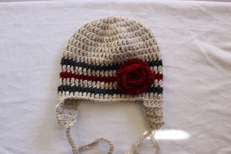 Double Crochet Hat Pattern With Ear Flaps : Crochet beanie with ear flap Felt