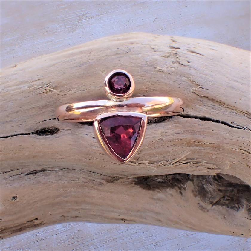 9ct Gold Ruby and Rubalite (Pink Tourmaline) Ring.