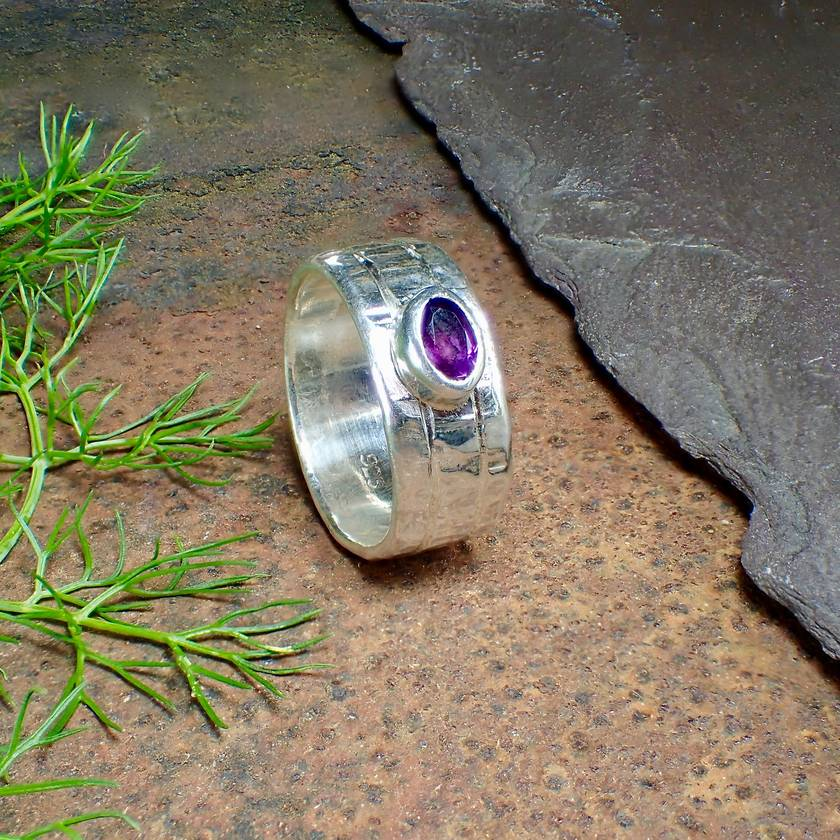 Amethyst and Slver Ring