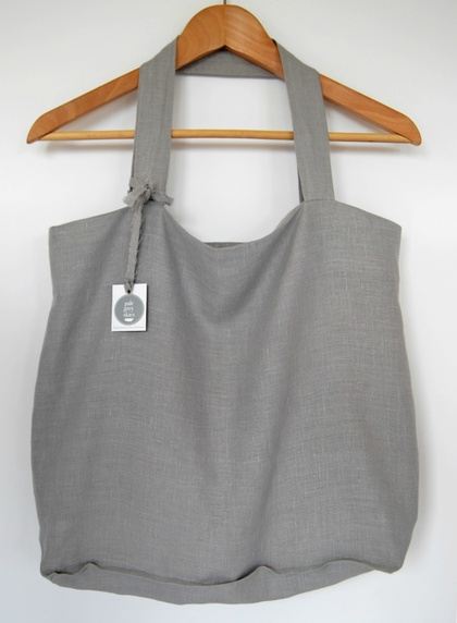 Medium grey linen tote bag, market bag, shopping bag, beach bag, eco-friendly material, fold up bag, gift for a friend, storage bag