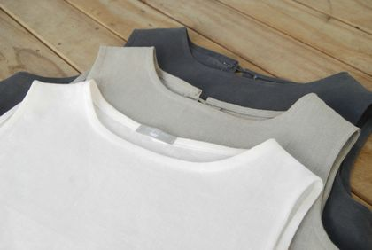 Sleeveless T in 100% softened white linen.