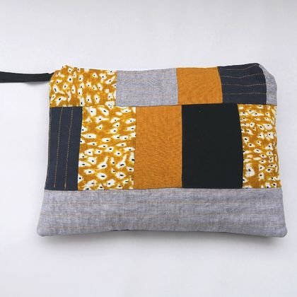 Quilted storage bag