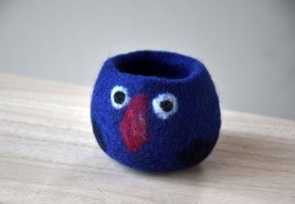 Pukeko plant pot holder