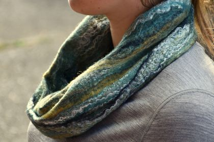 "Merino loop scarf  ""River gorge"""