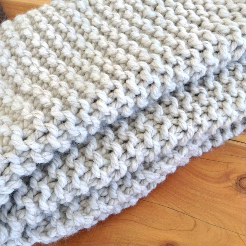 Cosy natural chunky knit blanket