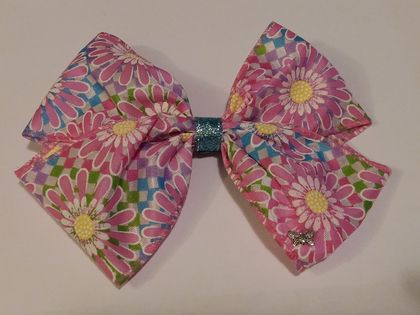 Pink daisy hair bow