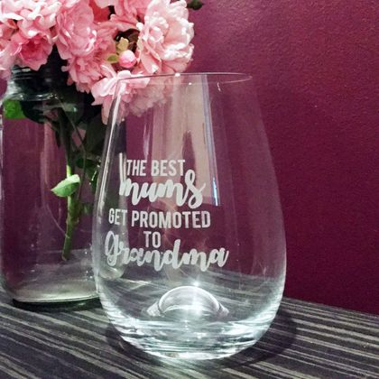 Engraved Best mum to Grandma Glass (Qty-1)