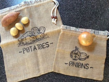 Hessian and calico fresh food storage bags