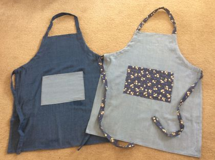 One size fits all adjustable aprons for men and women.