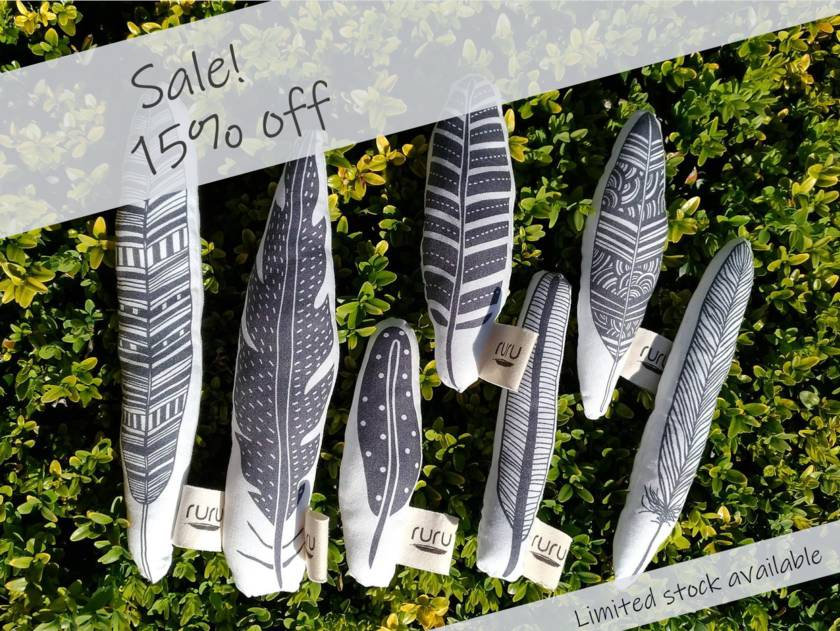 Sale! 15% off! Toy feather(s) - only a few remaining!