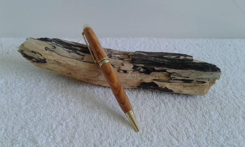 Euro Style Ballpoint Pen in Bethlehem Olivewood