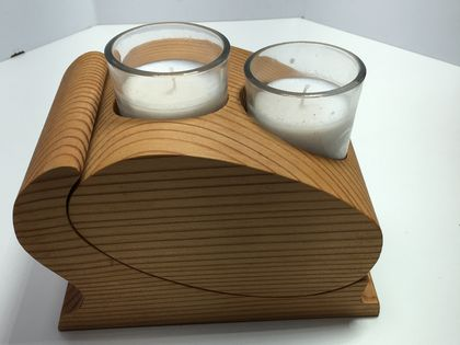 Double wooden candle holder