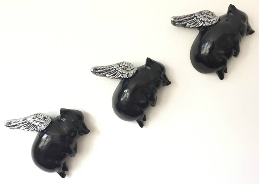 Oink Flying Pigs - Black & Silver