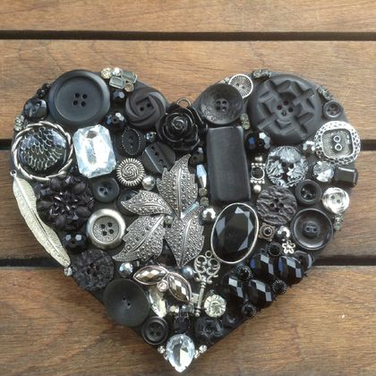 MIDNIGHT TRINKETS.... A Black Button Heart by Sonya