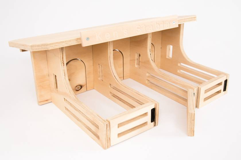 Flat pack Stables