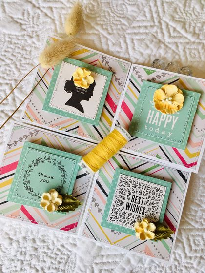 Beautiful Notecard Packs - 4 cards (yellow flowers)