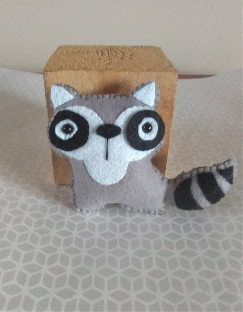 Palm sized felt toy