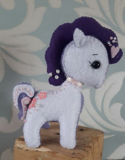 Felt Pony's Palm size