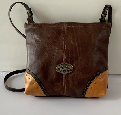 S1 M Handcrafted Leather Shoulder Bag