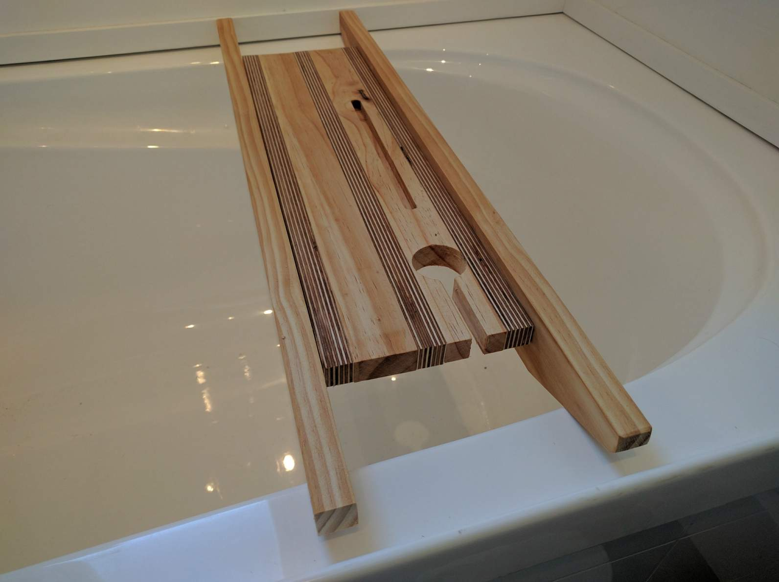 Wooden Bath Rack   Felt