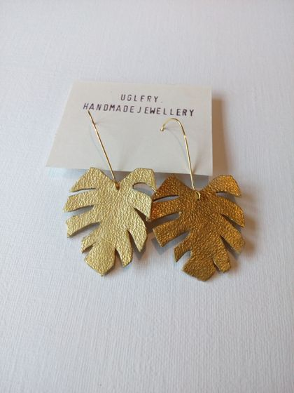 Monstera Earrings - Gold Leather