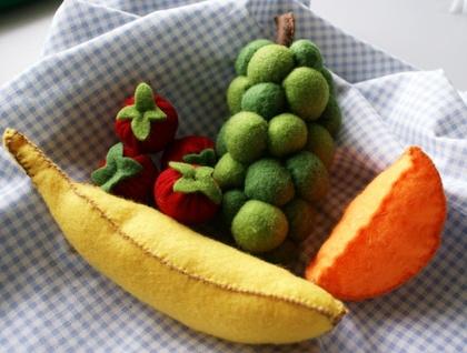 Play food - Felt fruit selection