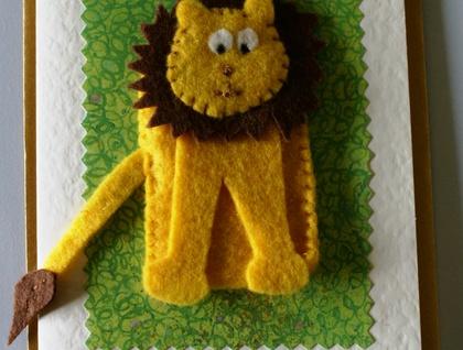 Animal finger puppet card.