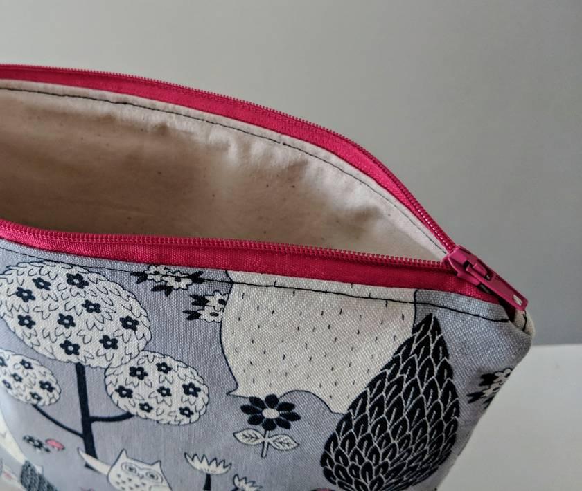 Makeup bag Zipper pouch large