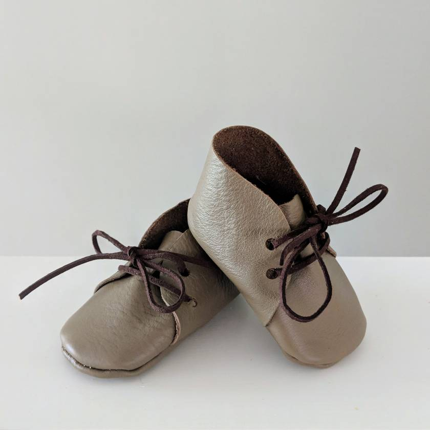 Leather baby booties - Light brown 3-6 Months Lace up