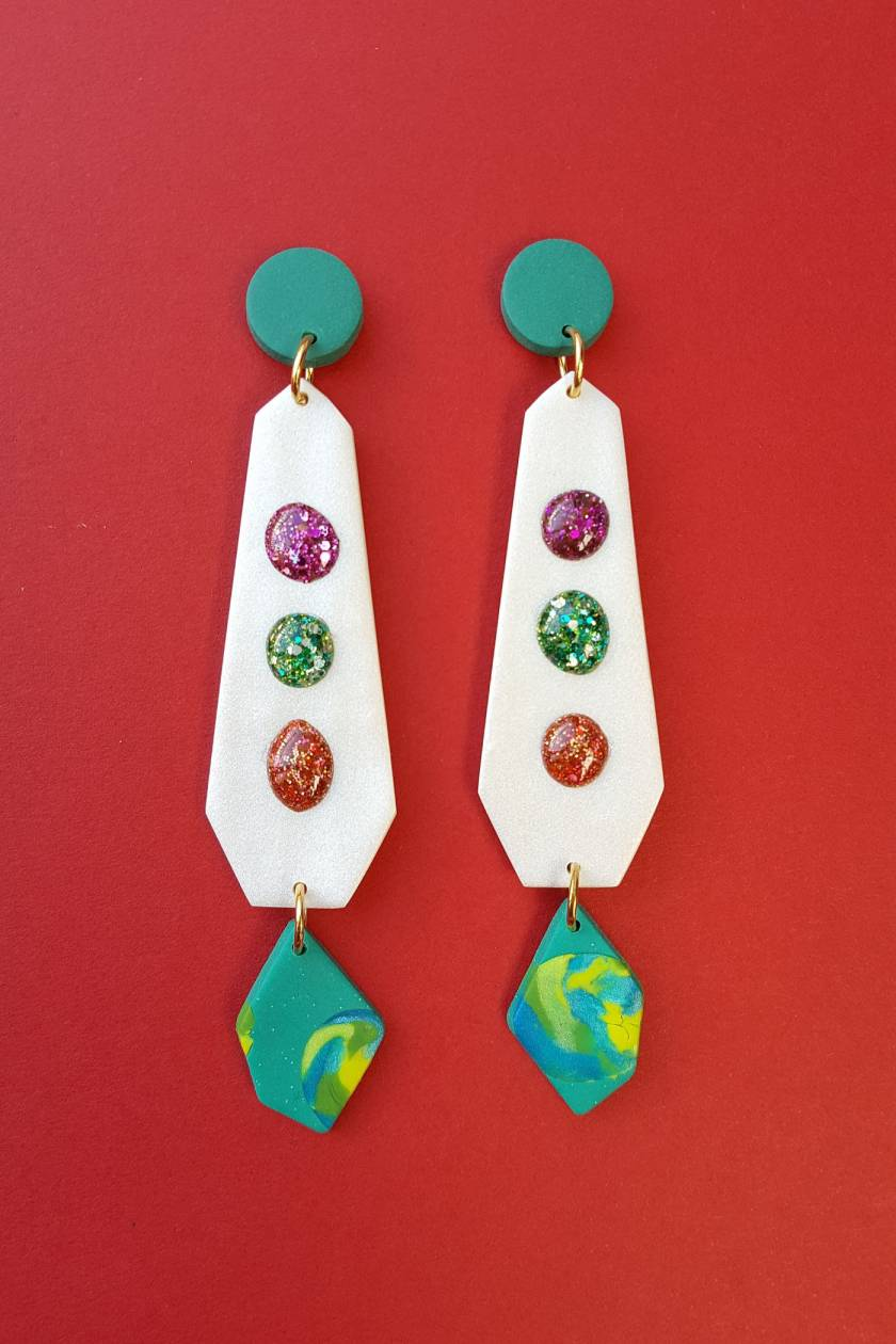 Droplet Earrings (white)