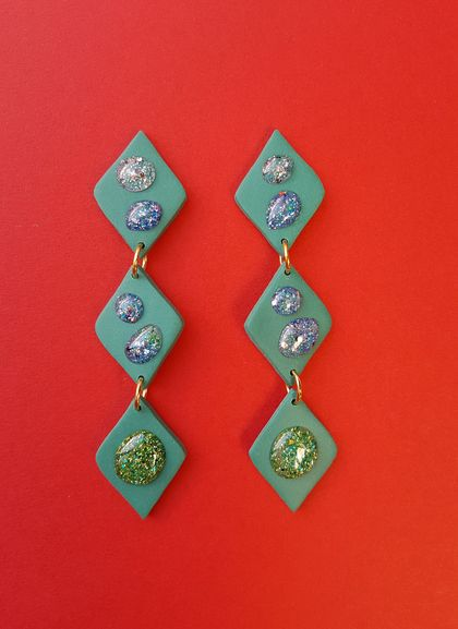 Droplet Earrings (deep green)