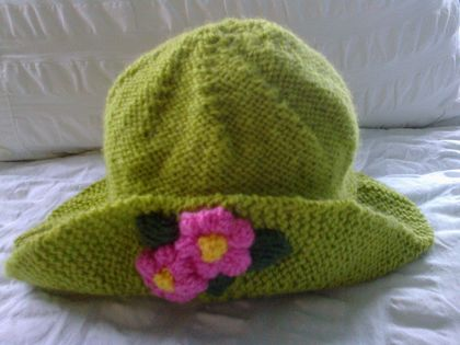 Apple Green - Hand Knitted - Baby Hat - Wool