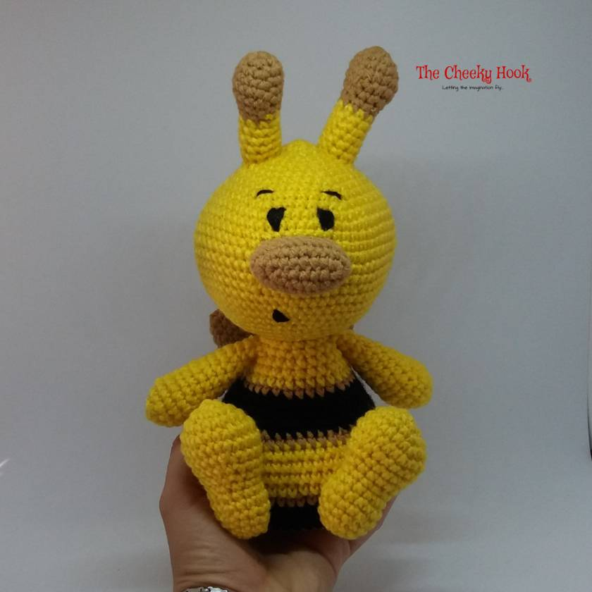 Amigurumi Bees Pattern: Bumble & Queen Bee - All About Ami | 840x840