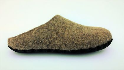 Custom made felt slippers - Men's size 7-12