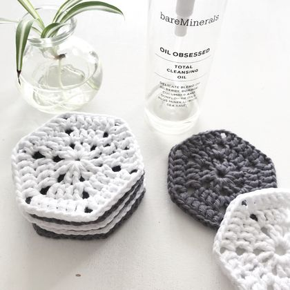 Cotton Makeup Removers - Set of 8 - Slate & Ice White