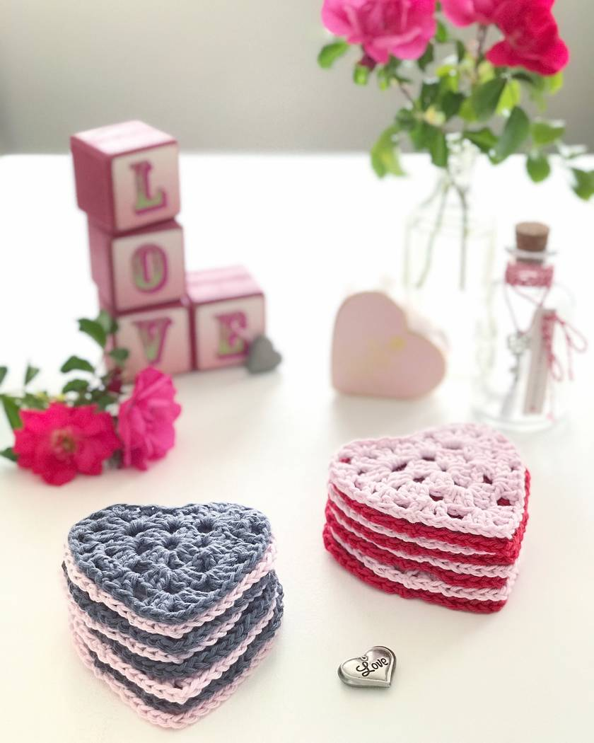 Cotton Makeup Removers - Set of 8 - Baby Pink & Red Lovehearts ❤️